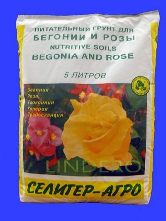фото: Торфяной грунт Для бегонии и розы 5л (хорошо) []